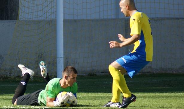 Huertas volvió a marcar de penalti...