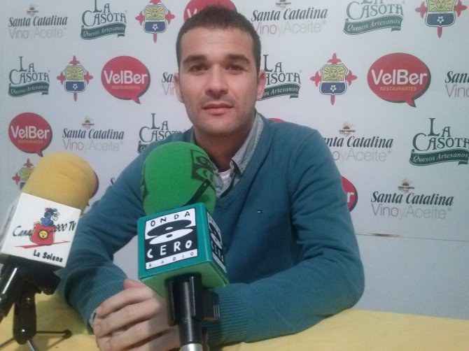 José Pedro en Rueda de Prensa.
