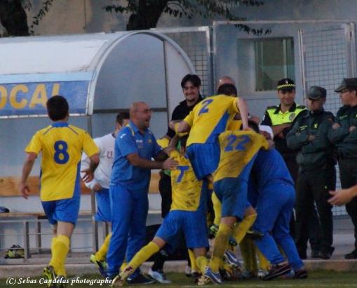 Alegría de los amarillos ante otra victoria importante...