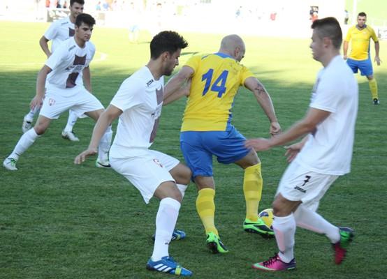 La presión pudo con el CF La Solana...