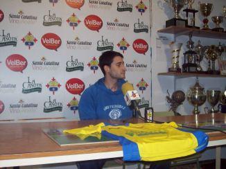 Diego en rueda de prensa..